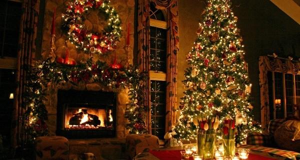 В Саратове со следующей недели начнутся праздничные мероприятия, посвященные Новому 2015 году и Рождеству Христову. План Новогодних мероприятий опубликован на сайте городской администрации.