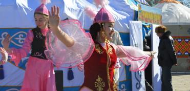 девочка в танце
